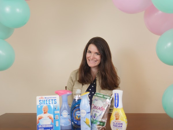 7 Day Spring Cleaning Challenge - Theresa's Reviews #Febreze #FebrezeFreshForce