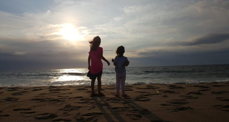 Why We Love Spending Weekends and Summer Doing Nothing - Theresa's Reviews