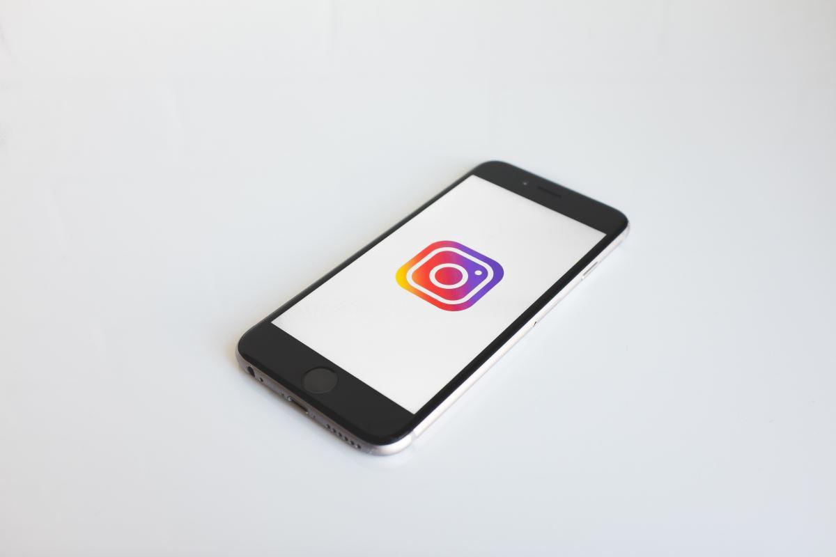 Créer une couverture pour les stories à la une Instagram