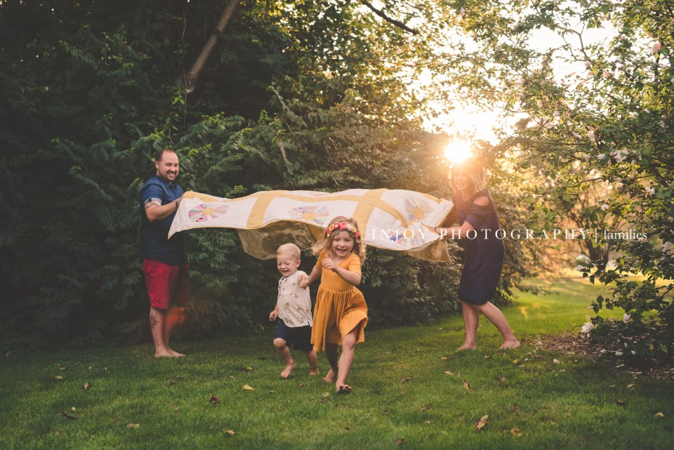 games to play during family photo sessions