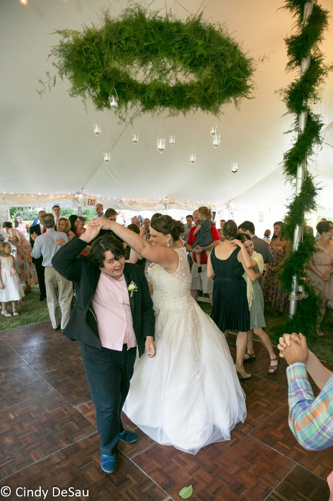 Read more about the article Weddings + Creative Reuse: A perfect marriage