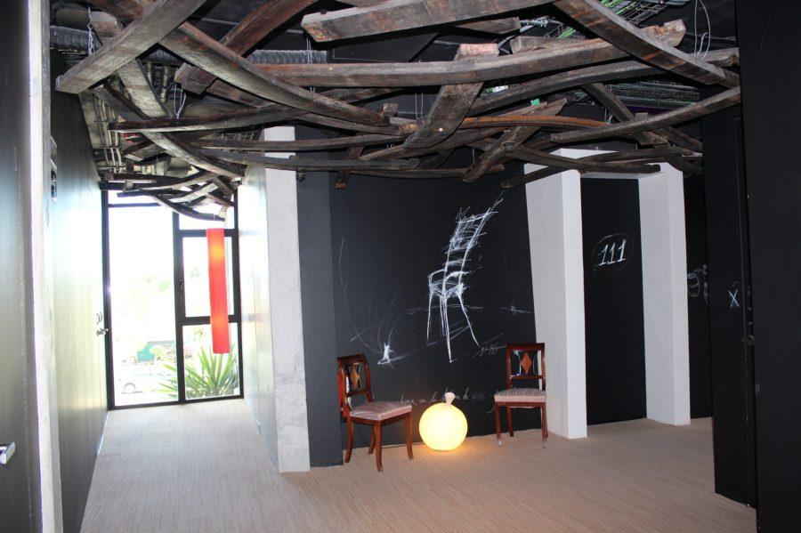 Hotel Viura Room Hallway