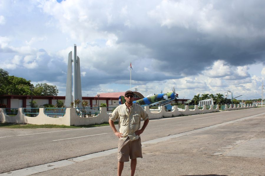 David smoking a Cuban cigar outside the Bahía de Cochinos Museo