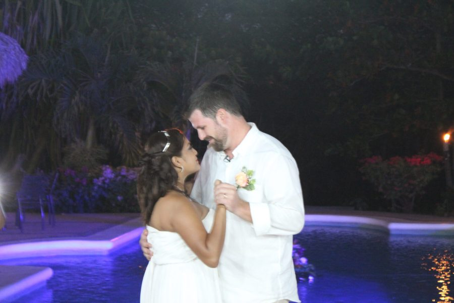 Nica wedding - first dance