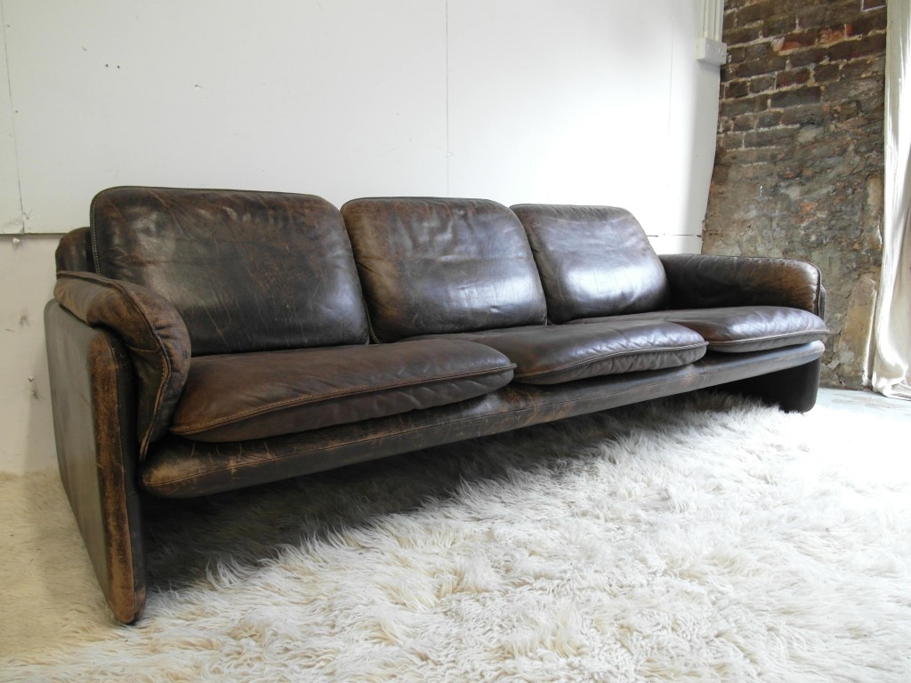 de sede sofa vintage paint bonded leather the retrobarn  three seater in neck