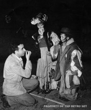 Vincente Minnelli coaches Margaret O'Brien (right) and Joan Carroll in the trick or treating scene for MEET ME IN ST. LOUIS (1944). Credit: AMPAS/MGM-UA Archive