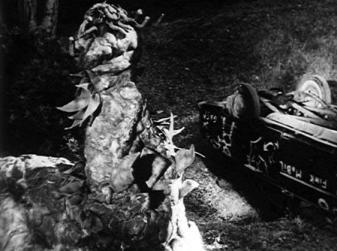 the-creeping-terror-1964-still