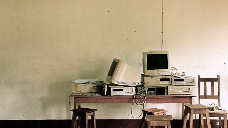 4 Signs It Is Time To Upgrade Your Office Equipment