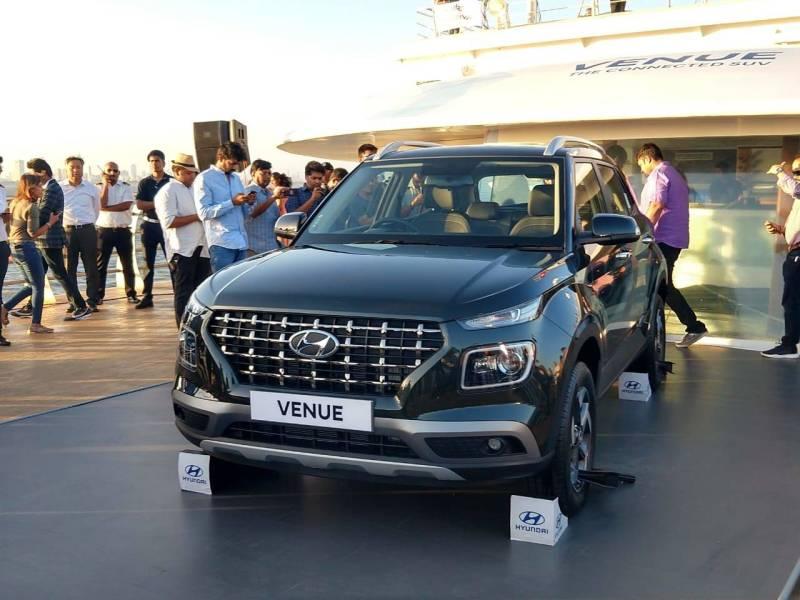 2019 Hyundai Venue Front