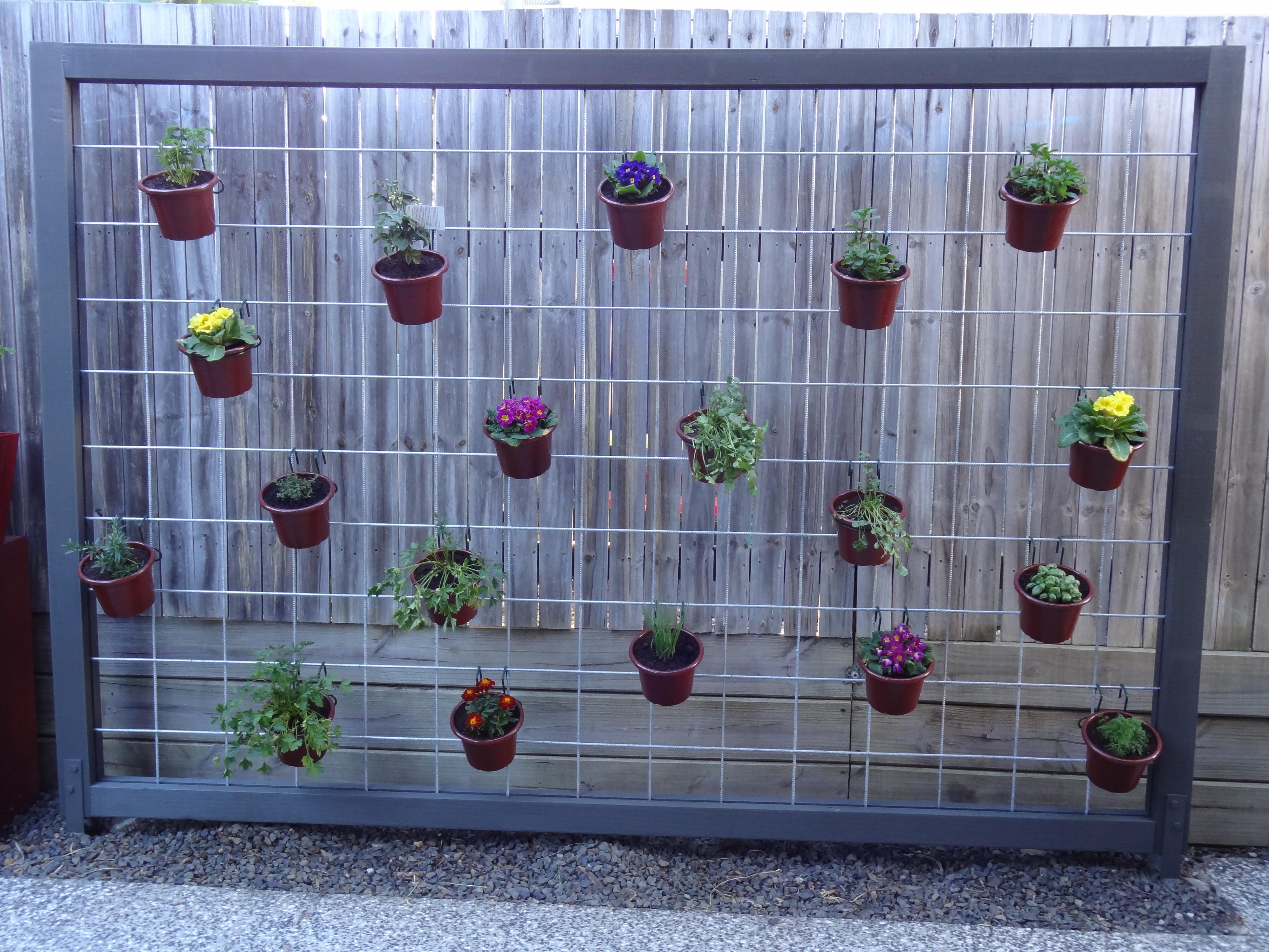 Hanging Herb Garden — Crafthubs