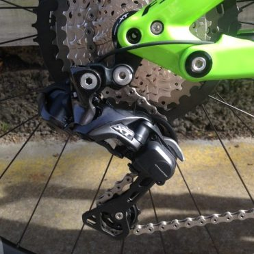 Reliable shifting no matter how mucky the conditions thanks to electronics.