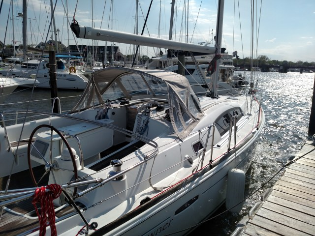 Beneteau 40. New TRC Boom Preveneter System. New Running Rigging. New Tides Marine Strong Track. New Outhaul and Reef Lines. Complete Winch Service.