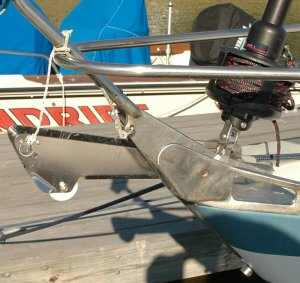 Extended anchor roller Harken furler