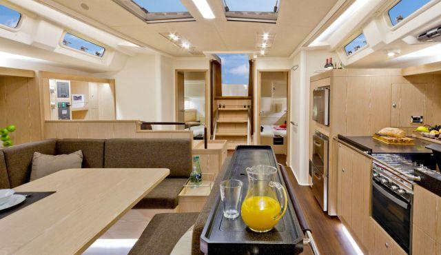Hanse 575 spacious interior