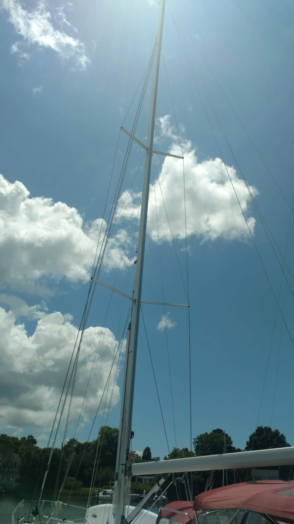 New Mast Dufour 43. The Rigging Company. Oxford.
