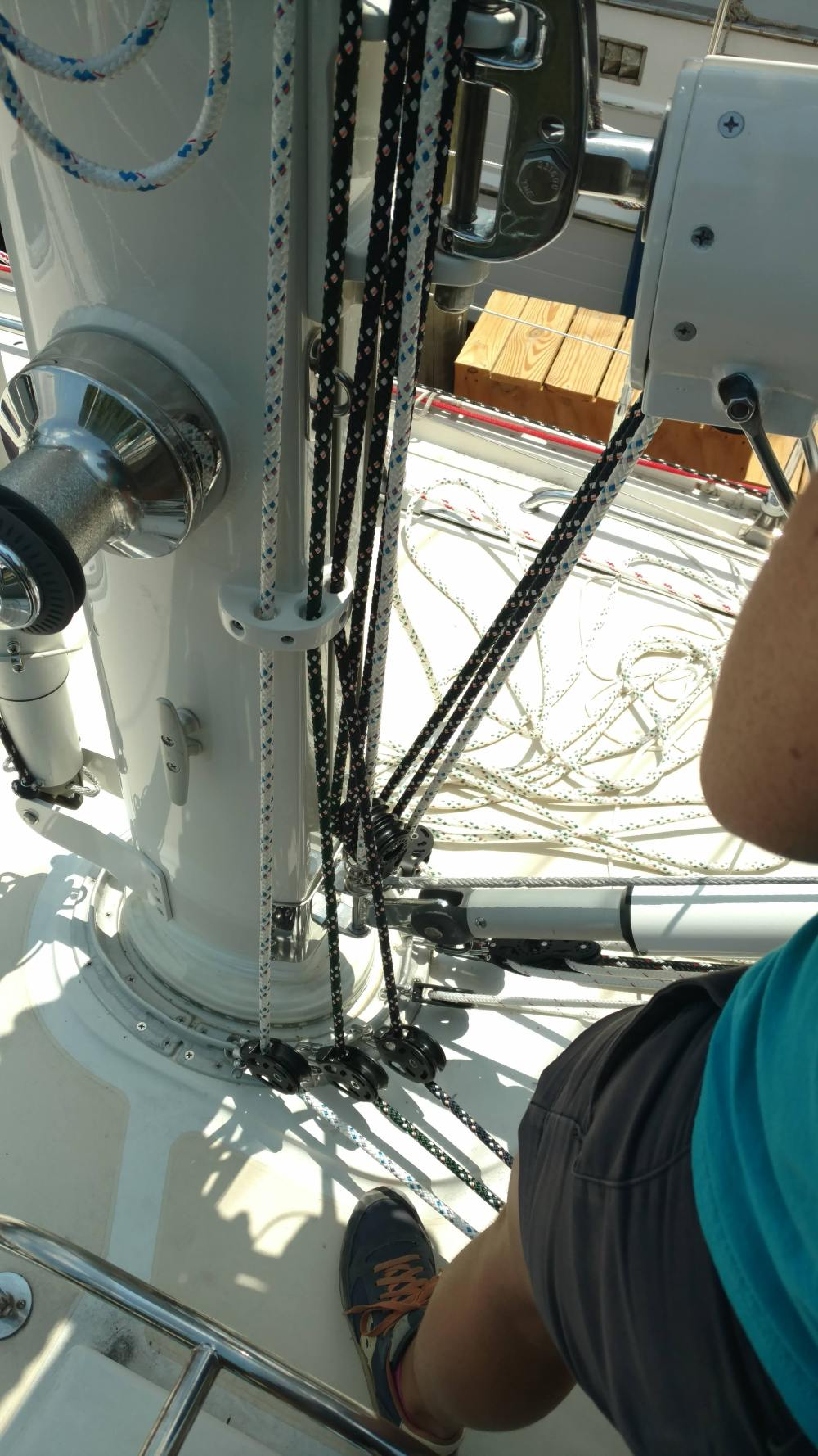 Single line fairlead Reef Eyes at mast. Single Line Reef Systems done by the Rigging Solomons Island