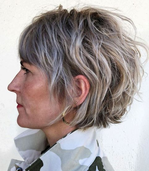 Chic Short Bronde And Gray Hairstyle