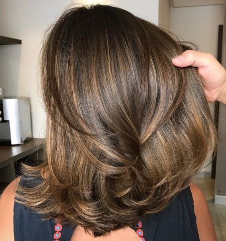 Layered Hairstyle For Medium Thick Hair