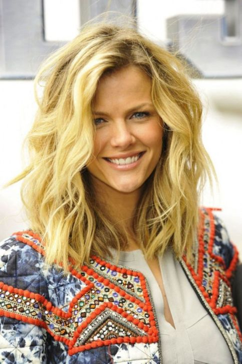 60 Most Magnetizing Hairstyles For Thick Wavy Hair