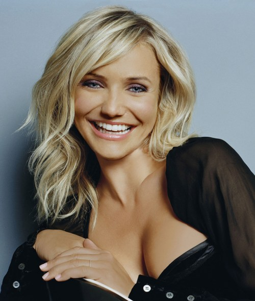 Hairstyles With Layers jennifer aniston with layered hairstyle Cameron Diaz Layered Haircut