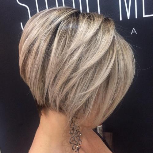 Short Layered Blonde Bob