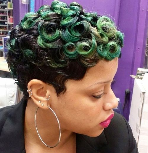 extravagant short curly hairstyle for black women