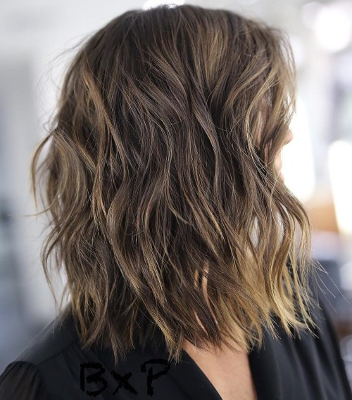 Messy Wavy Lob With Subtle Highlights