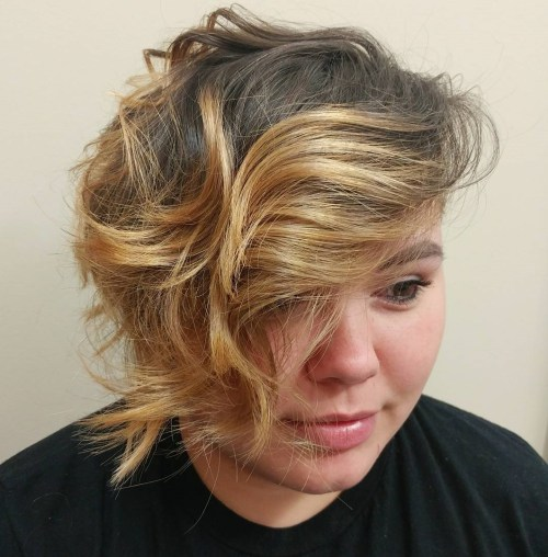 Asymmetrical Wavy Messy Shorter Hairstyle