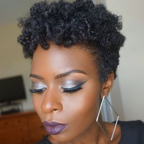 short natural hairstyle for women