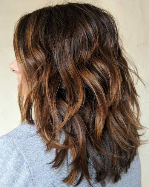 Layered Shoulder-Length Hairstyle