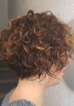 Curly Haircuts for Wavy and Curly Hair (Best Ideas for 2018)
