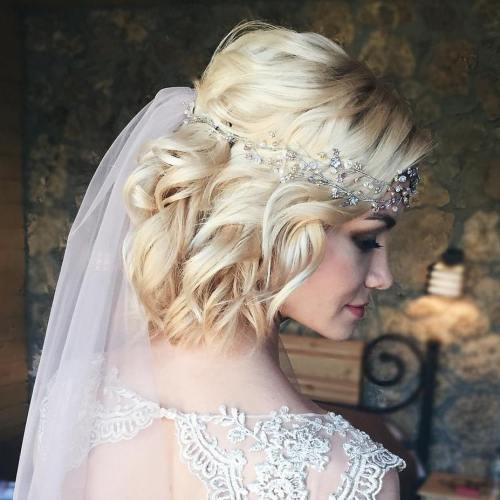 "Short Wedding Hairstyles: 40 Best Short Wedding Hairstyles That Make You Say ""Wow!"""