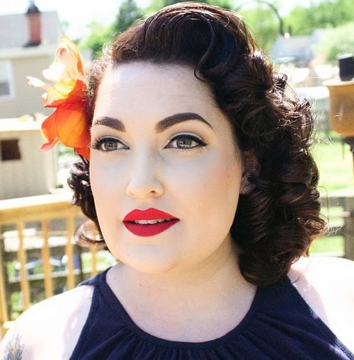 medium curly vintage hairstyle