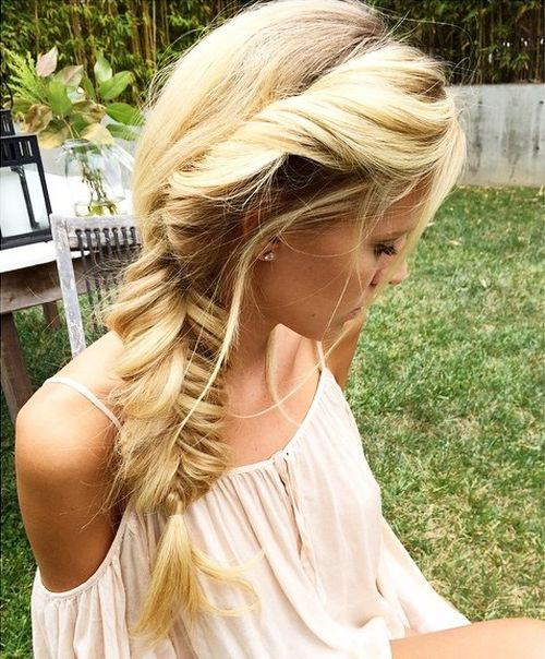 side messy fishtail for long blonde hair