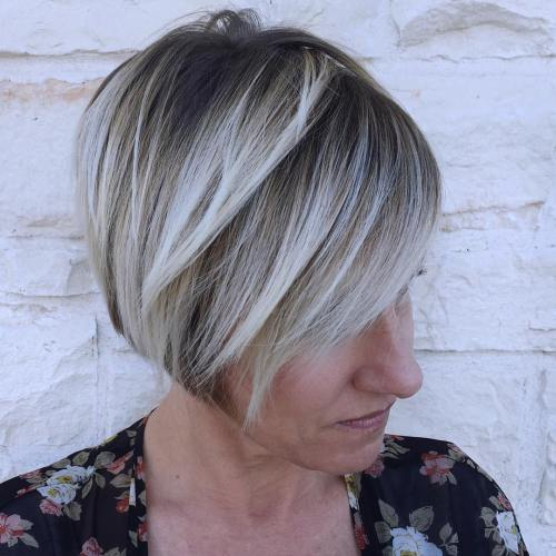 Jaw Length Bob With Blonde Highlights