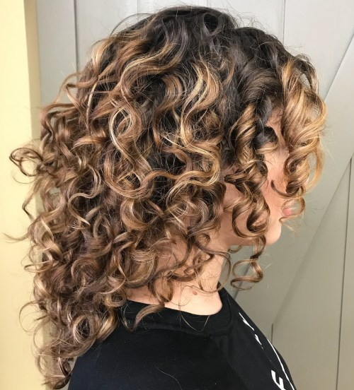 Medium Curly Hairstyle With Highlights