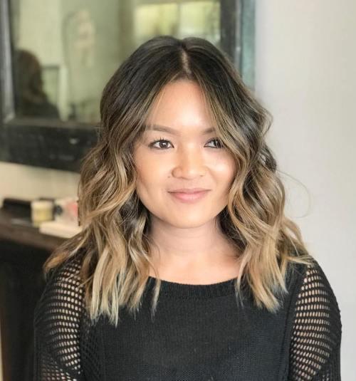 Medium Wavy Choppy Hairstyle
