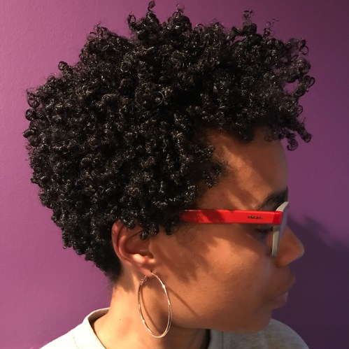 Short Curly Natural Hairstyle For Women