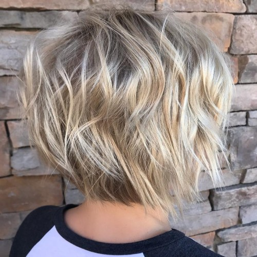 Short Wavy Bob With Pearl Blonde Balayage