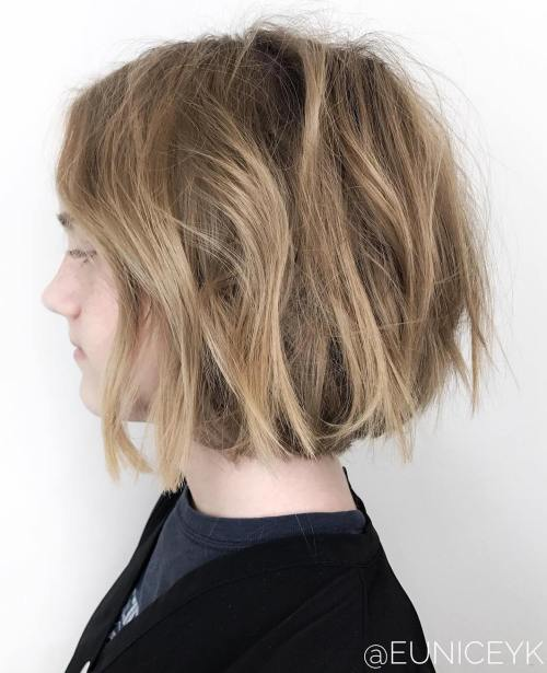 Teenage Girl's Messy Bob