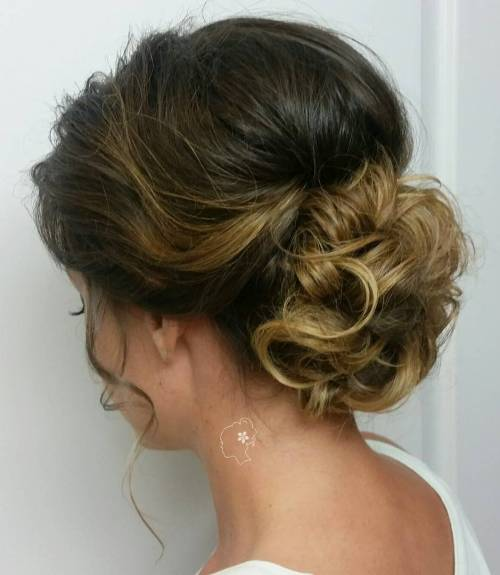Updos For Thin Hair That Score Maximum Style Point - Hairstyle chignon bun