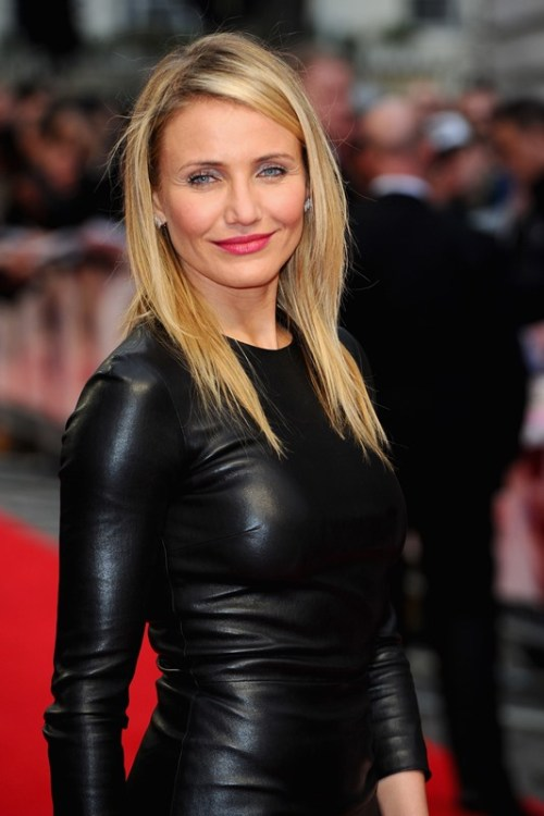 70 darn cool medium length hairstyles for thin hair cameron diaz medium hairstyle for fine hair urmus Images