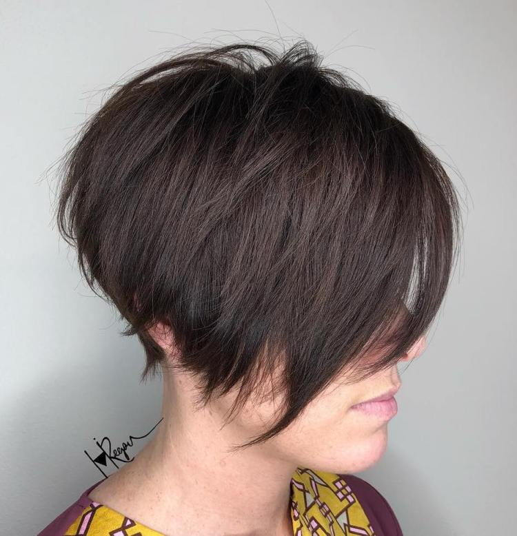 Angled Pixie Bob With V-Cut Layers