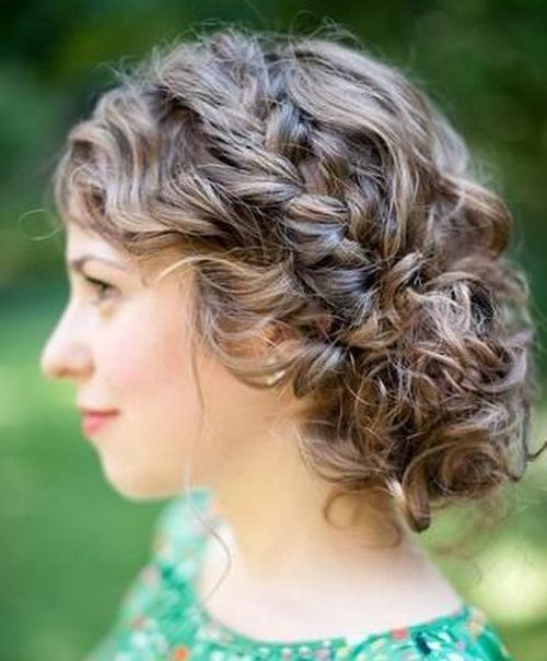 Updos With Braids And Curls: 25 Inspirational Medium Curly Hairstyles For Every Day