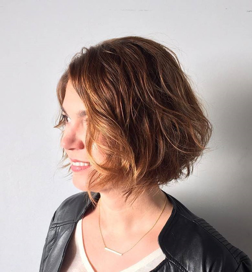 Wavy Messy Bob For Thick Hair
