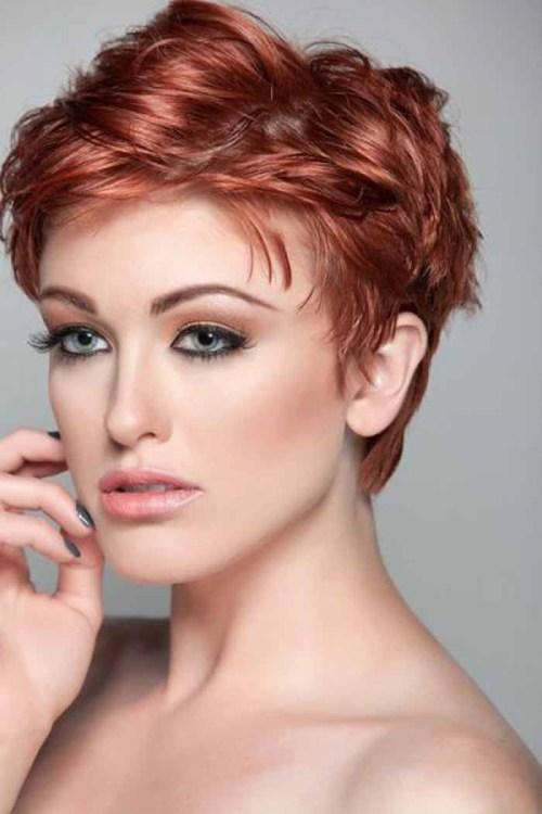 penteado de duende vermelho