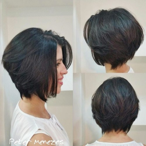 60 classy short haircuts and hairstyles for thick hair chin length brunette layered bob urmus Gallery