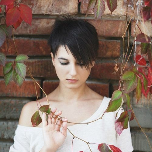 short edgy pixie hairstyle