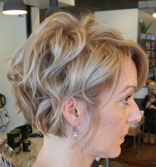 Swell 60 Classy Short Haircuts And Hairstyles For Thick Hair Short Hairstyles Gunalazisus