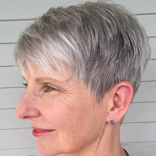 15 Cly and Simple Short Hairstyles for Women over 15